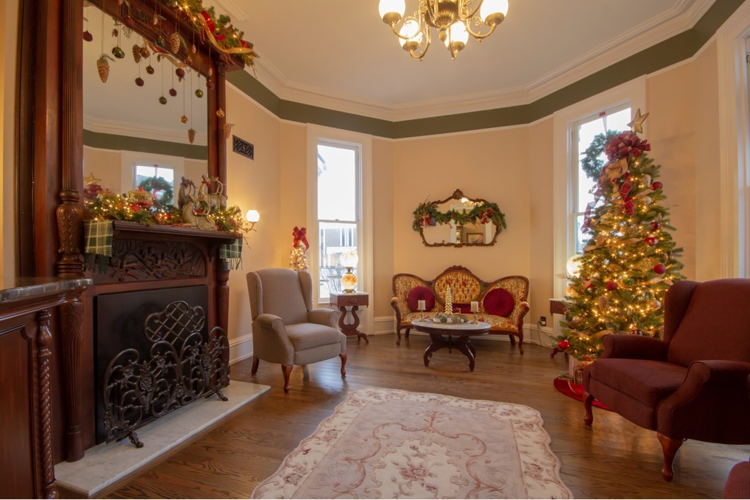 Christmas at The Belle Louise
